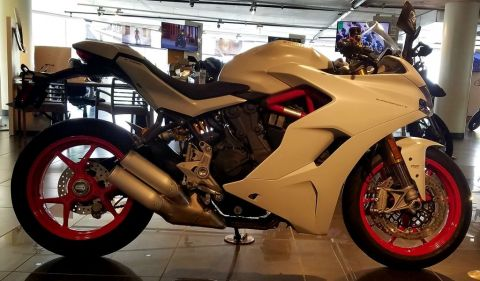 2019 Ducati SuperSport S Star White Silk